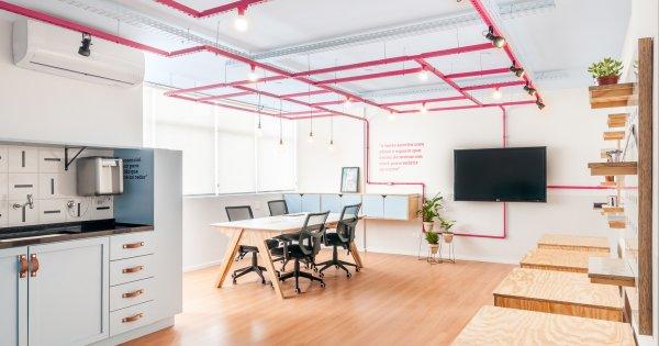 Văn phòng rộng 36m2 đa công năng của nữ nhà văn