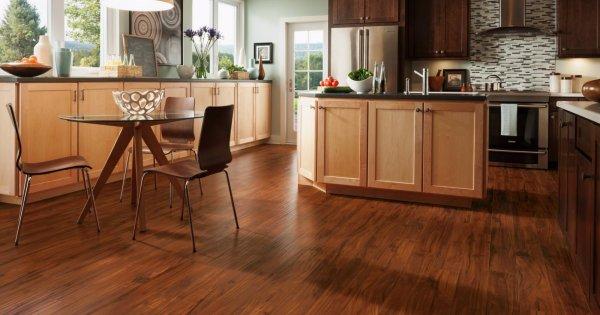 Hướng dẫn cách khắc phục sàn gỗ bị phồng rộp đơn giản, hiệu quả
