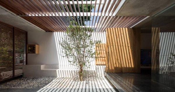 Ngôi nhà Huế khoe vẻ đẹp tinh tế từ kiến trúc tối giản